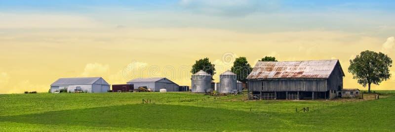panorama- härlig lantgård royaltyfria foton