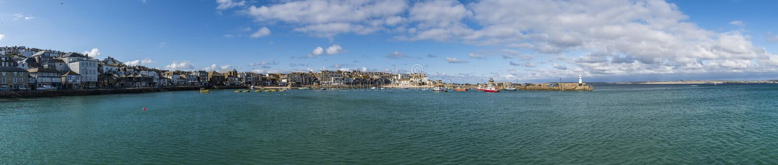 Panorama in Heilige Ives Cornwall stock foto's