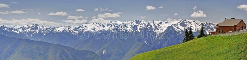 Panorama Huraganowy grani góry krajobraz, łąki zdjęcie royalty free