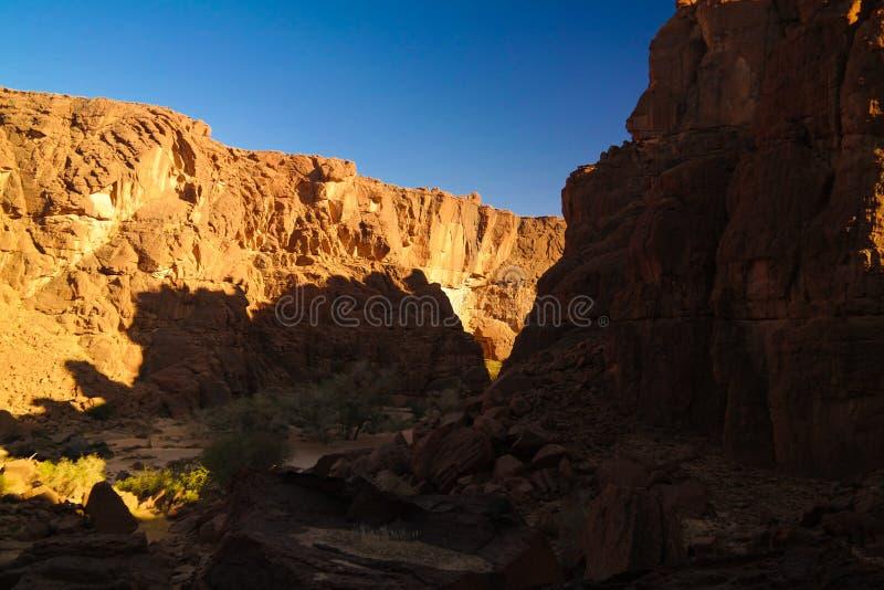 Panorama innerhalb der Schlucht alias Guelta d ?Archei in Ost-Ennedi, Tschad stockbild