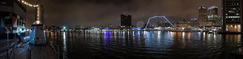 Panorama intérieur de nuit de port de Baltimore image stock