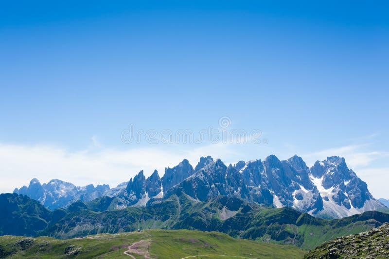 Panorama italiano de la montaña fotografía de archivo