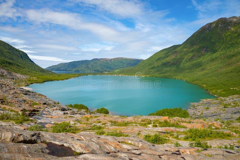 Panorama Jeziorny Svartisvatnet w Helgeland w Norwegia, od Svartisen lodowa fotografia royalty free
