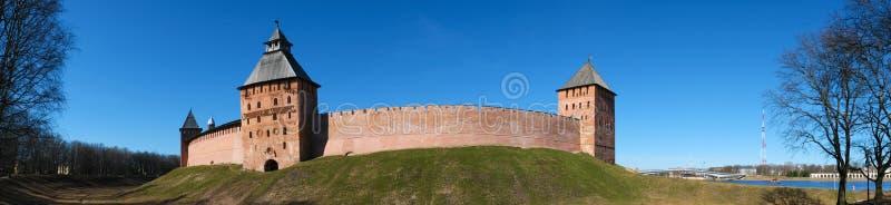 Panorama Kremlväggarna i Novgorod den stora Velikyen Novgorod, Ryssland royaltyfri fotografi