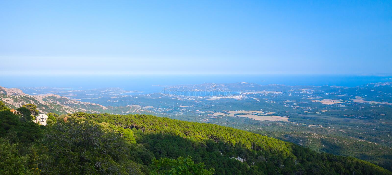 Panorama- kust- landskap av den Korsika ön arkivbild