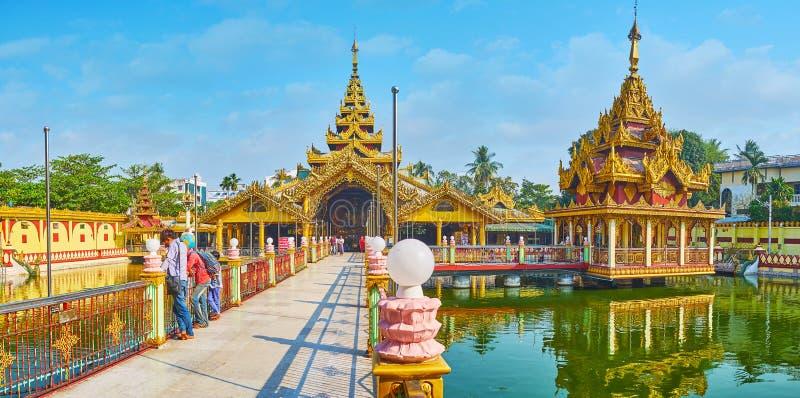 Panorama Kyay Thone pagoda, Yangon, Myanmar obraz royalty free