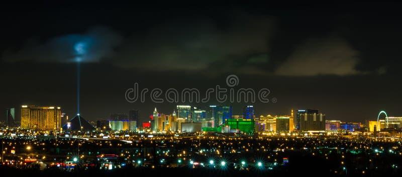 Panorama- Las Vegas remsacityscape på natten royaltyfri fotografi