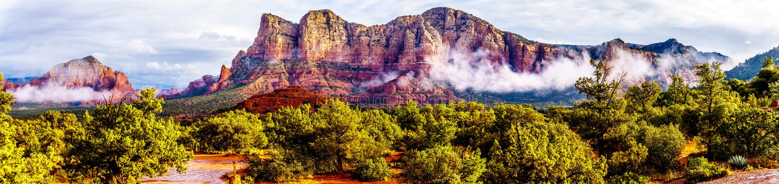 Panorama of Lee Mountain, Munds Mountain and other red rock mountains surrounding the town of Sedona. In northern Arizona in Coconino National Forest, United stock photos