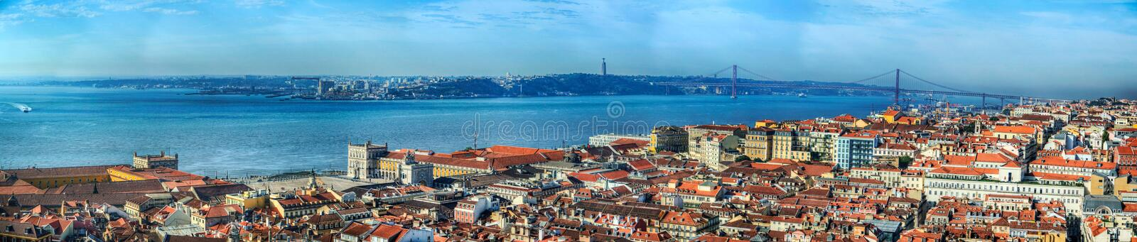 Panorama Lisboa e Tagus River foto de stock royalty free