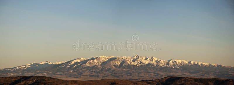 Panorama loco de la montaña imágenes de archivo libres de regalías