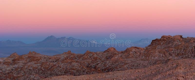 Panorama maestoso di tramonto del deserto di Atacama, Cile fotografie stock