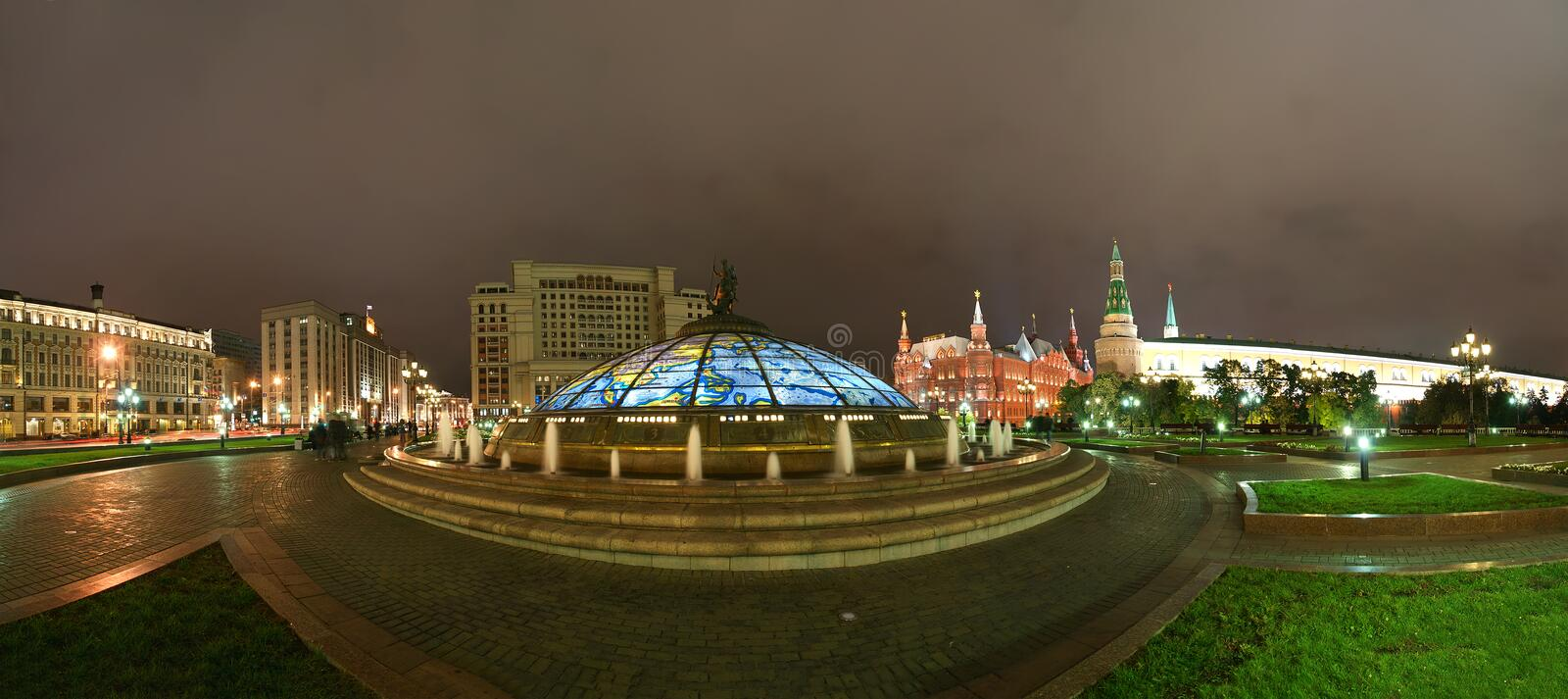 Download Panorama Manege Square At Night, Moscow Stock Image - Image: 21487143