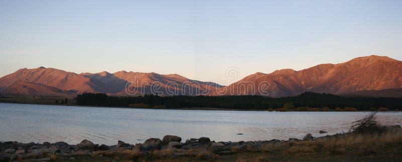 Panorama - Meer Tekapo, Nieuw Zeeland Stock Fotografie