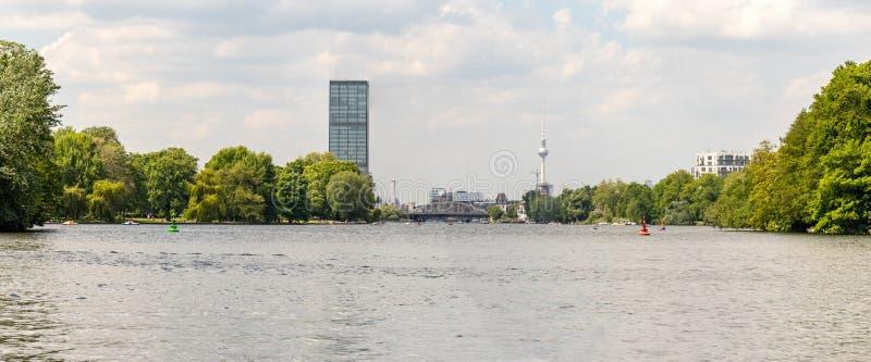 Panorama met cityscape van Berlijn royalty-vrije stock foto's