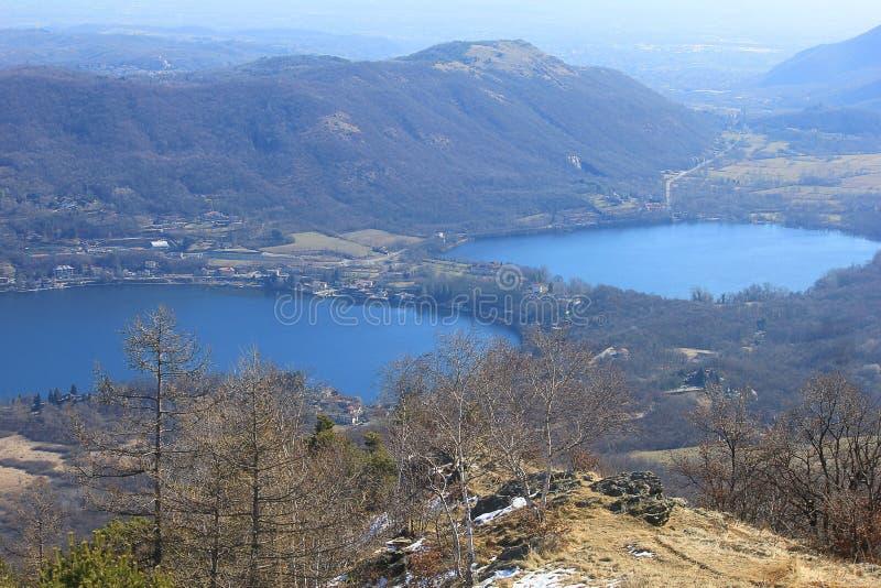 Panorama met meren in berg stock fotografie