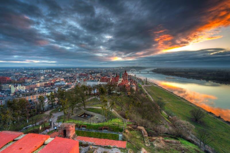 Panorama miasta Grudziadz z Wieży Klimek o zachodzie słońca, Polska zdjęcie stock