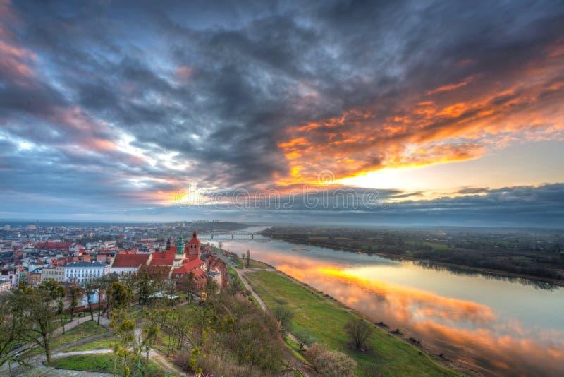 Panorama miasta Grudziadz z Wieży Klimek o zachodzie słońca, Polska obraz royalty free