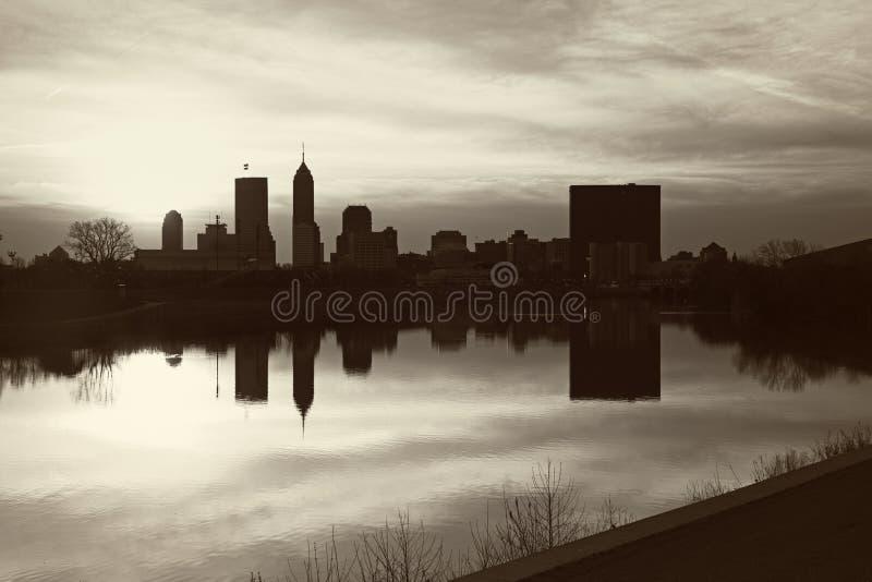 Panorama noir et blanc d'Indianapolis photographie stock