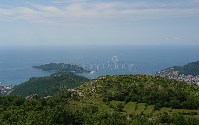 Panorama od Bałkańskich gór na Adriatyckim morzu na jasnym letnim dniu obrazy stock