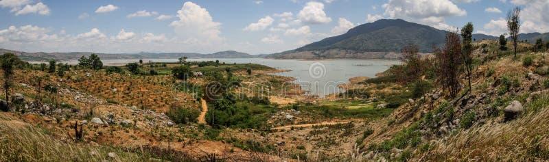 Panorama op LAK-Meer, Buon Ma Thuot, Dak-de Provincie van LAK, Vietnam royalty-vrije stock afbeelding