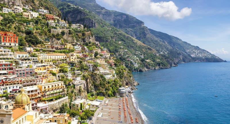 Panorama op Positano op Amalfi kust, Campania, Italië royalty-vrije stock afbeeldingen