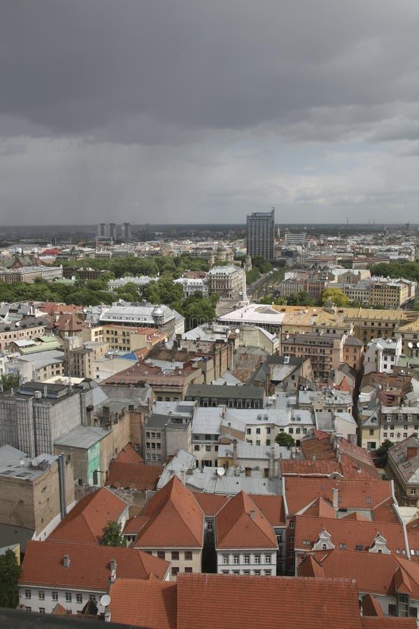 Panorama op Riga, Hoofdstad van Letland stock afbeelding
