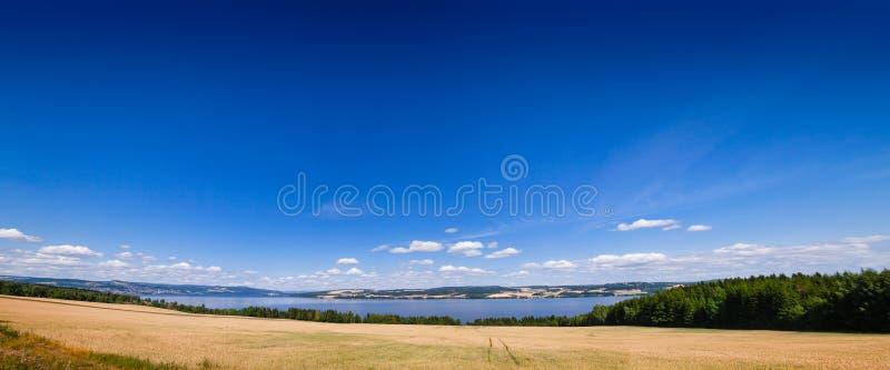 Panorama Oppland Noruega de Mjosa do lago imagens de stock