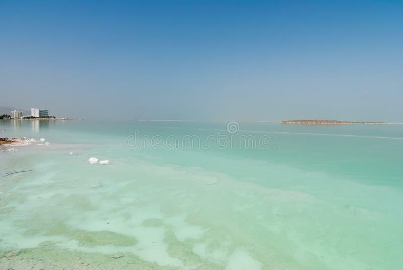 Panorama over het Dode overzees in nevelige nevel royalty-vrije stock afbeelding