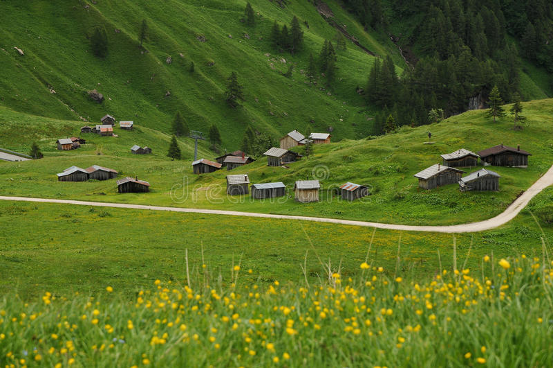Panorama przy Passo Fedaia, Val Di Fassa, dolomity zdjęcie stock