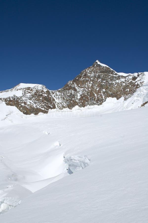 Panorama que sube en el glaciar fotografía de archivo libre de regalías