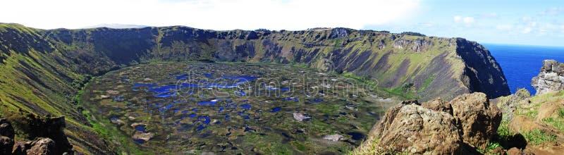 Panorama- Rano Kau Crater, påskö Chile arkivbild