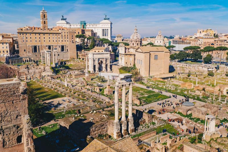 Panorama Romański forum i Romańskie ruiny jak widzii (Foro romano) obrazy royalty free
