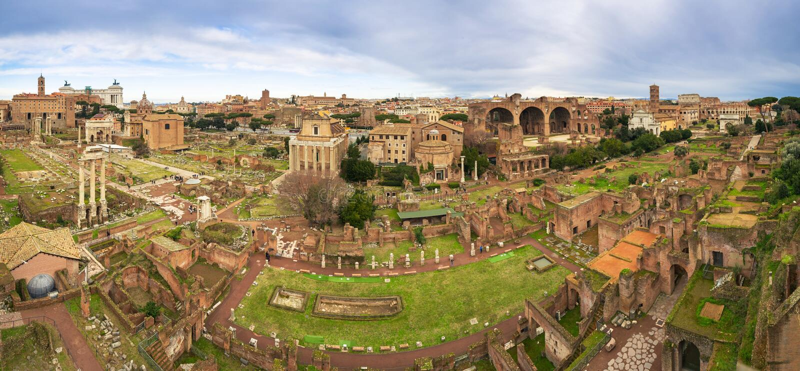 Panorama Roman Forums, Stadtplatz in altem Rom, Italien stockfotografie