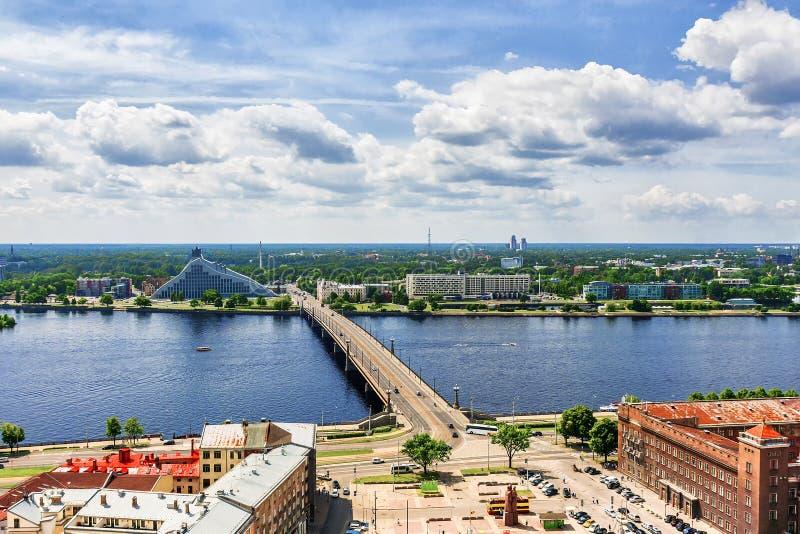 Panorama Ryski w słonecznym dniu, Latvia zdjęcia royalty free