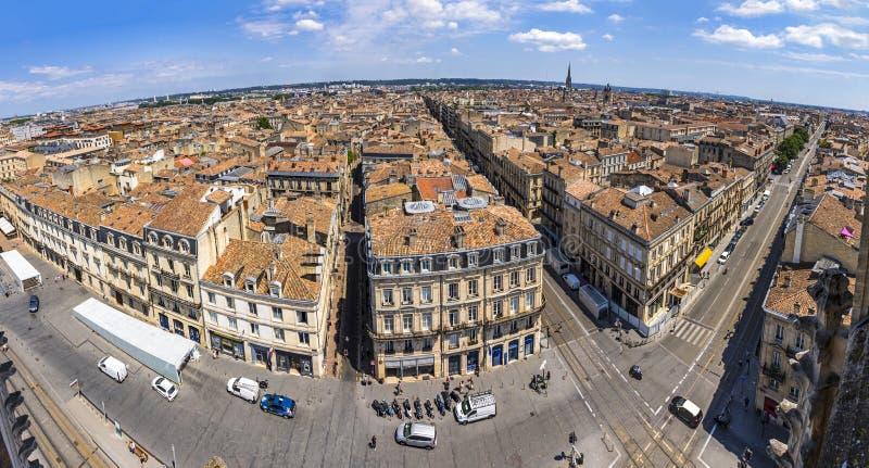 Panorama's luchtaanzicht van de oude stad Bordeaux, Frankrijk stock foto