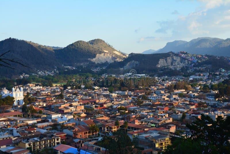 Panorama San Cristobal de Las Casas il Chiapas Messico fotografia stock libera da diritti