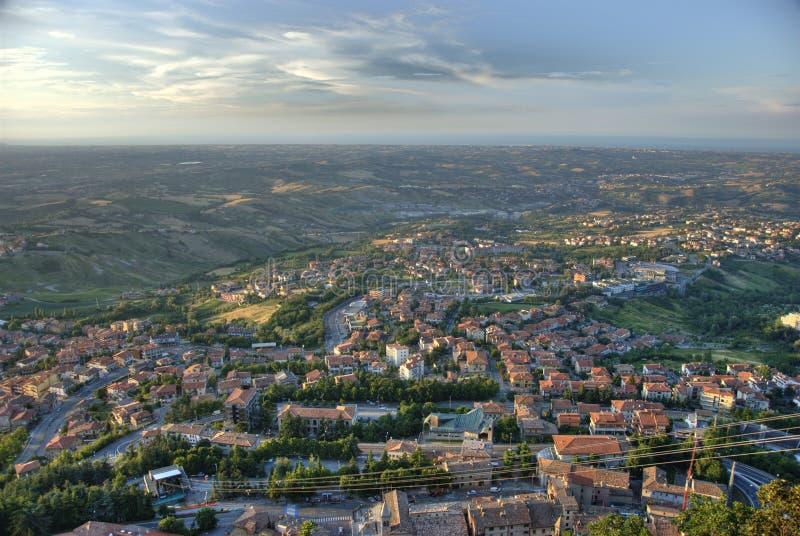 Panorama San Marino della città da Daylight fotografia stock libera da diritti