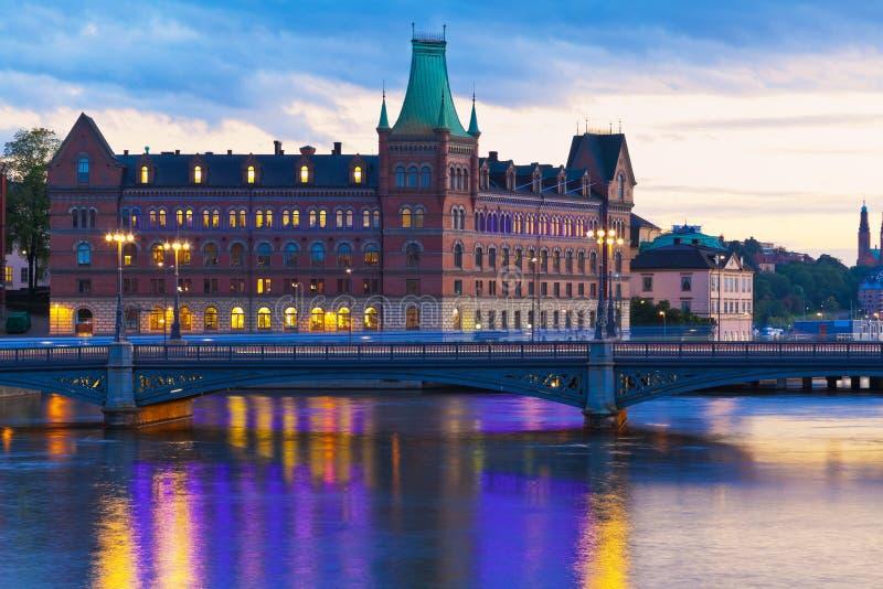 Panorama scénique de soirée de Stockholm, Suède photographie stock libre de droits