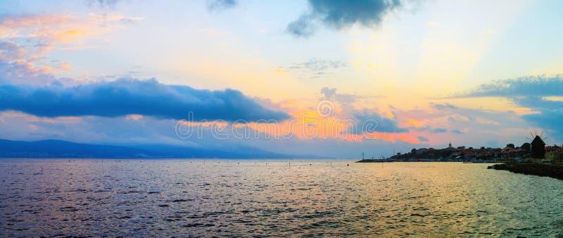 Panorama scenico di vista sul mare fotografie stock libere da diritti