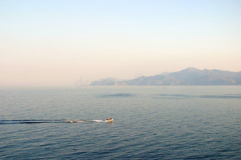 Panorama scivolante del motoscafo immagini stock libere da diritti