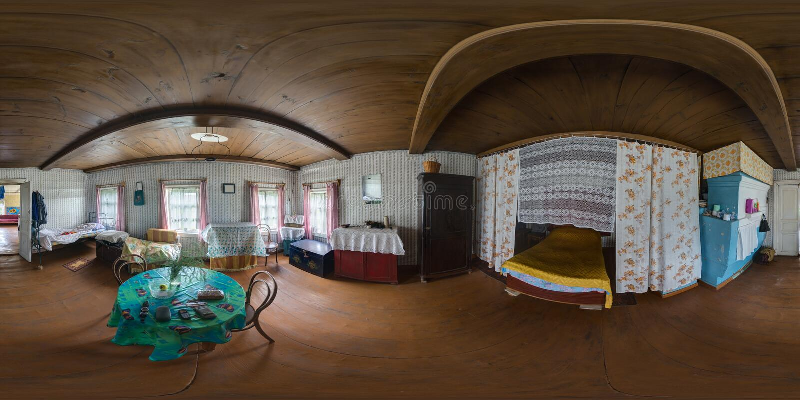 Panorama sferico interno 1 della vecchia casa di legno fotografie stock