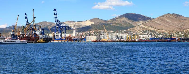 Panorama- sikt av seaporten royaltyfri fotografi