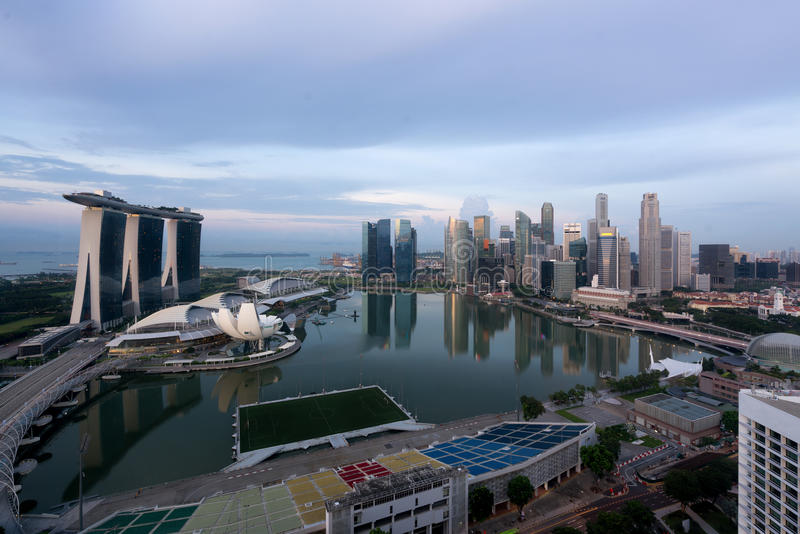 Panorama Singapur dzielnicy biznesu linia horyzontu sk i Singapur fotografia royalty free