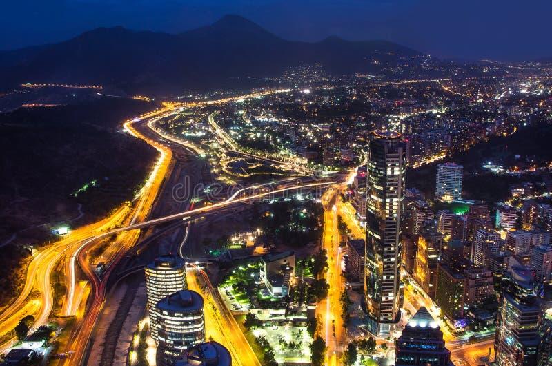 Panorama- stadssikt från den Gran Torre Santiago i Santiago de Chile arkivbilder