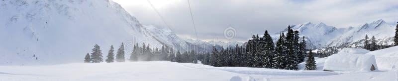 Panorama suisse 2 d'alpes photographie stock libre de droits