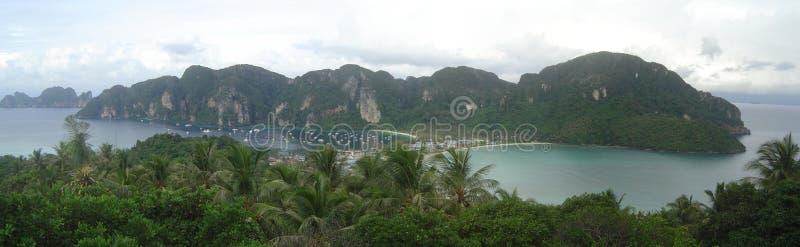 Panorama tailandés de la phi de la phi de Ko de la playa imagen de archivo libre de regalías