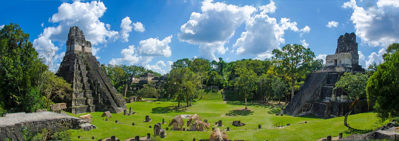 Panorama Tikal Guatemala arkivbilder
