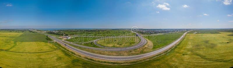 Panorama transport autostrady wiadukt, ringway, rondo w Krasnodar, Rosja obraz royalty free