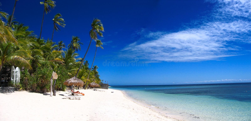 Panorama tropical de plage photos stock