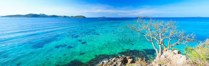 Panorama tropicale della laguna fotografia stock
